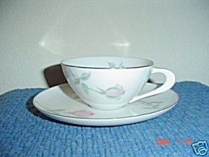 Sango Etude Cups And Saucers