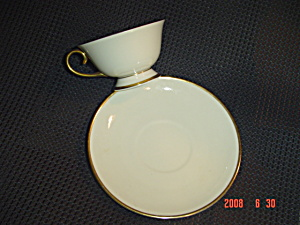 Flintridge Montrose Footed Cups And Saucers