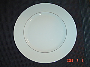 Wedgwood Signet Platinum Dinner Plates - New W/tags