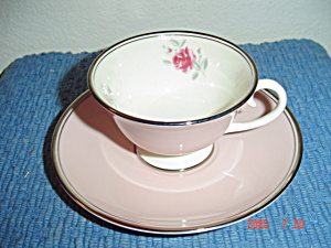 Flintridge Petal Pink Rose Footed Cups/saucers