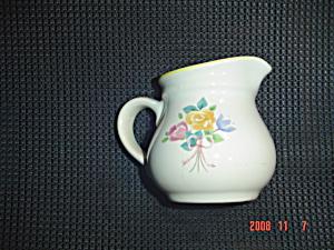 Pfaltzgraff Rosehaven Creamer (Image1)