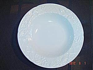 Mikasa English Countryside Rimmed Soup Bowls (Image1)
