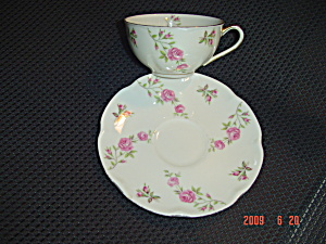 Theodore Haviland Delaware Cups and Saucers (Image1)