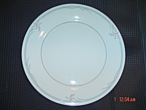 Royal Doulton Carnation Bread and Butter Plates (Image1)