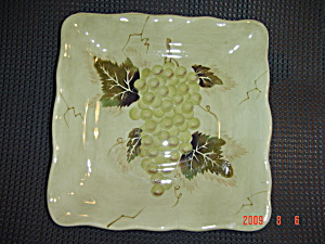 Tabletops Lifestyles Cabernet Green Grape Square Salad Plate