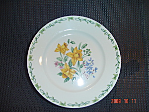 Thomson Floral Garden Salad Plates - Yellow Flowers