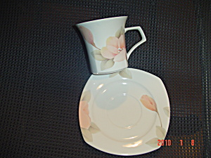 Nikko Virginia Rose Cups And Saucers