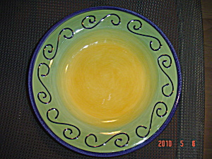 Tabletops Unlimited Fusina Lime/Green Dinner Plates (Image1)