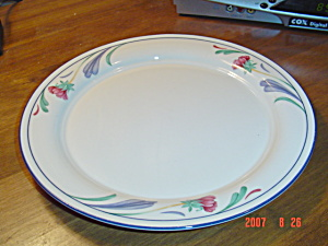 Lenox Poppies on Blue Dinner Plates (Image1)