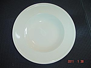 Wedgwood Windsor Rimmed Soup Bowls (Image1)