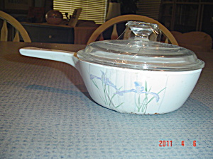 Corning Ware Shadow Iris Covered .5 Liter Saucepan