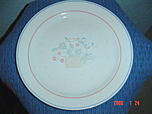 Corelle Country Cornflower Dinner Plates
