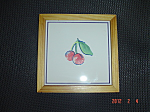 Corelle Fruit Too Ceramic/Wood Trivets (Image1)