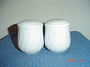 Corelle Enhancements Salt And Pepper Shakers