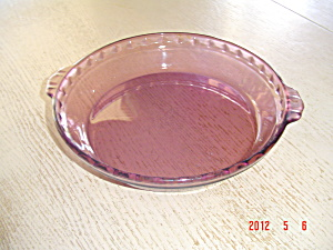 Pyrex Cranberry 10 In. Handled Fluted Deep Dish Pie Plates