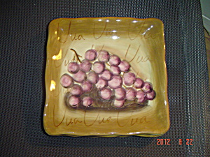Tabletops Unlimited Fruition Grapes Square Lunch Plate (Image1)