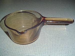 Visions Amber 1 Quart Saucepan (Image1)