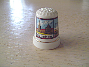 Porcelain Thimble from Munchen, Germany (Munich) (Image1)