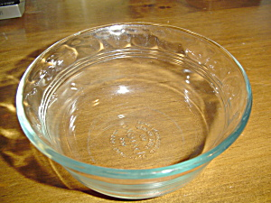 Pyrex 10 Oz. Clear Light Blue Small Bowls