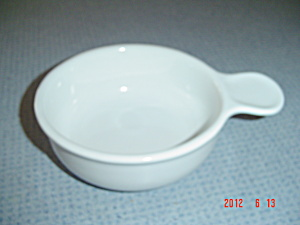Corning Ware French White Grab It's