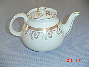 Hall's Gold Trim Flower Leaf Creme Color Tea Pot Stoneware
