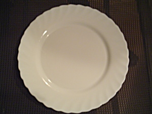 Arcopal Trianon White Dinner Plates
