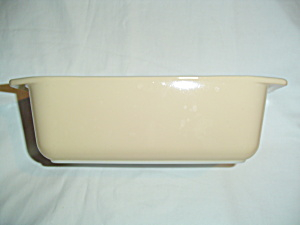 Pyrex Tan/beige Loaf Pan