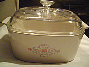 Corning Ware English Breakfast 5 Liter Raised Lid Covered Casserole