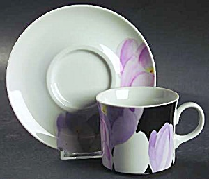 Mikasa Vogue Cups And Saucers Vintage
