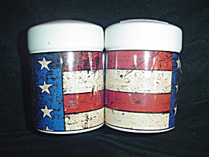 Sakura Warren Kimble Colonial Salt And Pepper Shakers