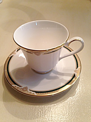 Royal Doulton Forsyth Cups and Saucers (Image1)