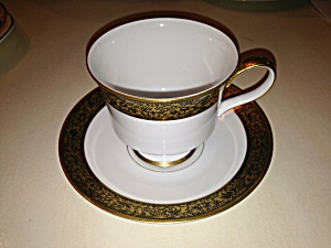 Sango Hampton Cups And Saucers