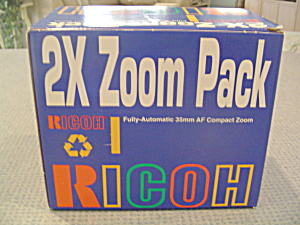 Ricoh Fully Automatic 35 Mm Film Af Compact Zoom Rz-735 Camera