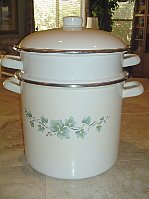Corelle Callaway Ivy Metal Stockpot And Steamer Basket