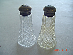 Vintage Apollo Salt and Pepper Shakers   (Image1)