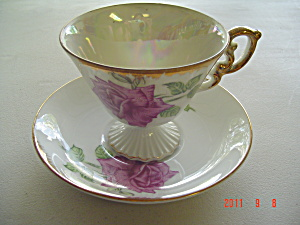 Royal Stafford Canada Floral Emlems Cup and Saucer Set (Image1)