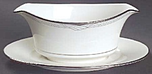 Noritake Sterling Cove Gravy Boat W/attached Under Tray - Mint