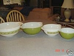 Click here to enlarge image and see more about item 8796: Pyrex Green Print Cinderella Mixing Bowl Set of 4