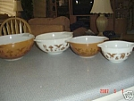 Click here to enlarge image and see more about item 8048: Pyrex Early American Cinderella Mixing Bowl Set of 4