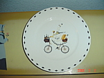 Click here to enlarge image and see more about item 8161: Oneida Kitchen Chefs to Go #2 Salad Plates