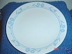 Click here to enlarge image and see more about item 3996: Corelle Cornsilk Dinner Plates