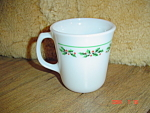 Click here to enlarge image and see more about item 5319: Pyrex Holly Days 3.5 in. Tall GLASS MUGS