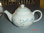 Click here to enlarge image and see more about item 591: Pfaltzgraff April Tea Pot