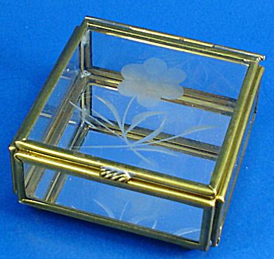 Miniature Glass Trinket Box, Flower Design (Image1)