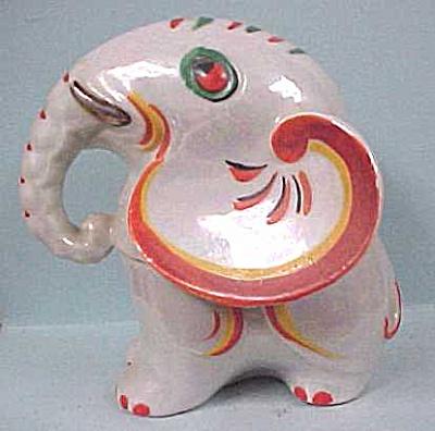 Vintage Luster Finish Elephant Dish (Image1)