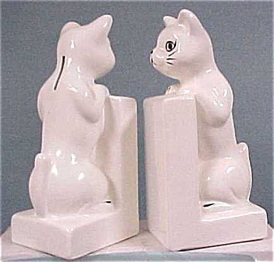 Taiwan Ceramic Cat Bank Bookends