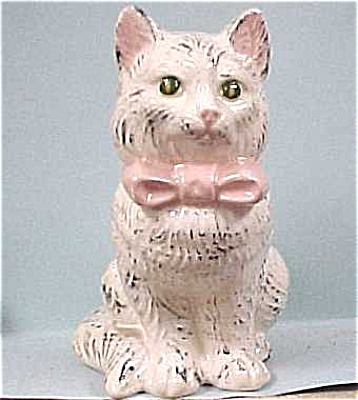 Pottery Cat With Bow