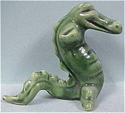1940s Pottery Crocodile Salt Shaker (Image1)