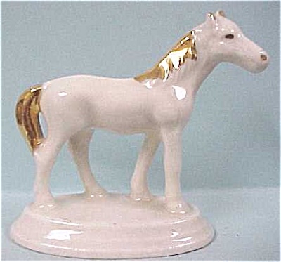 1940s U.S. Pottery White Horse (Image1)