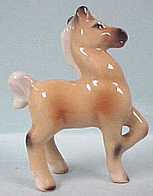 1950s Pottery Palomino Miniature Foal (Image1)
